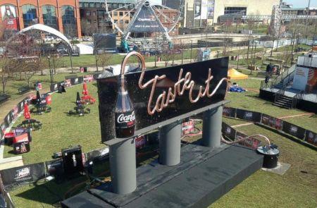 Coke Zero drinkable billboard