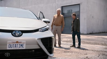 Toyota Mirai_Back to the Future