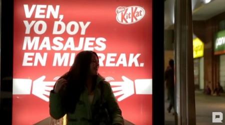KitKat_Billboard z masażem